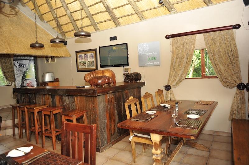 hilldrop-diningroom12