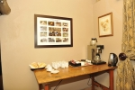 hilldrop-diningroom17